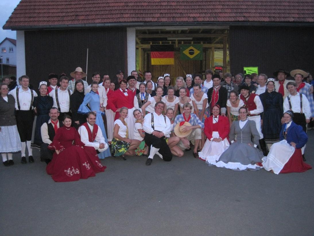 Gruppenbild_mit_Brasilianern