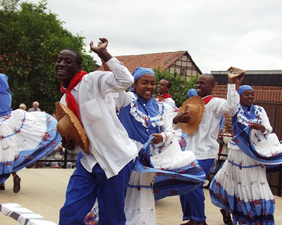 folklorefest4.jpg