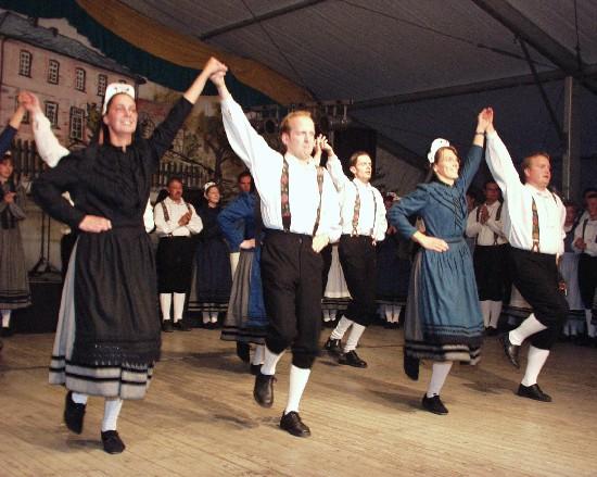 folklorefest5.jpg