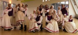 Lettische Volksgruppen Dimdari und Trejdeksnitis aus Frankfurt und Stuttgart